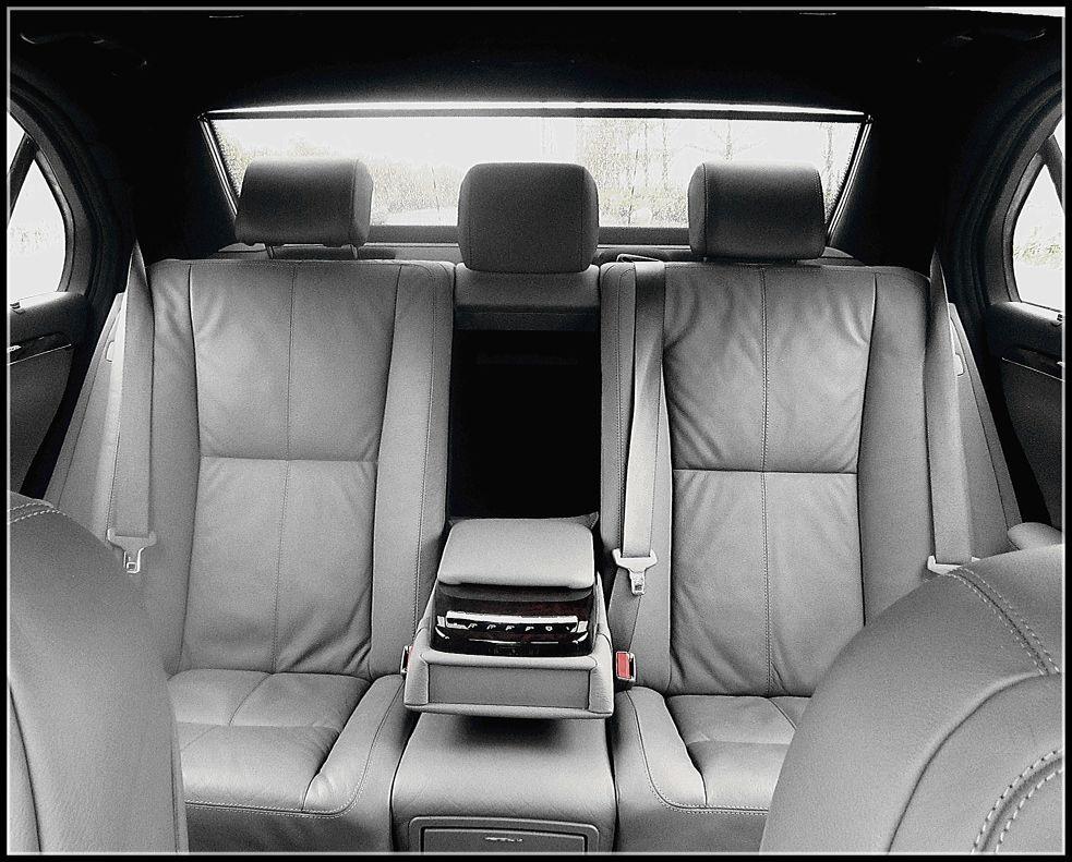 Benz 221 -Inside